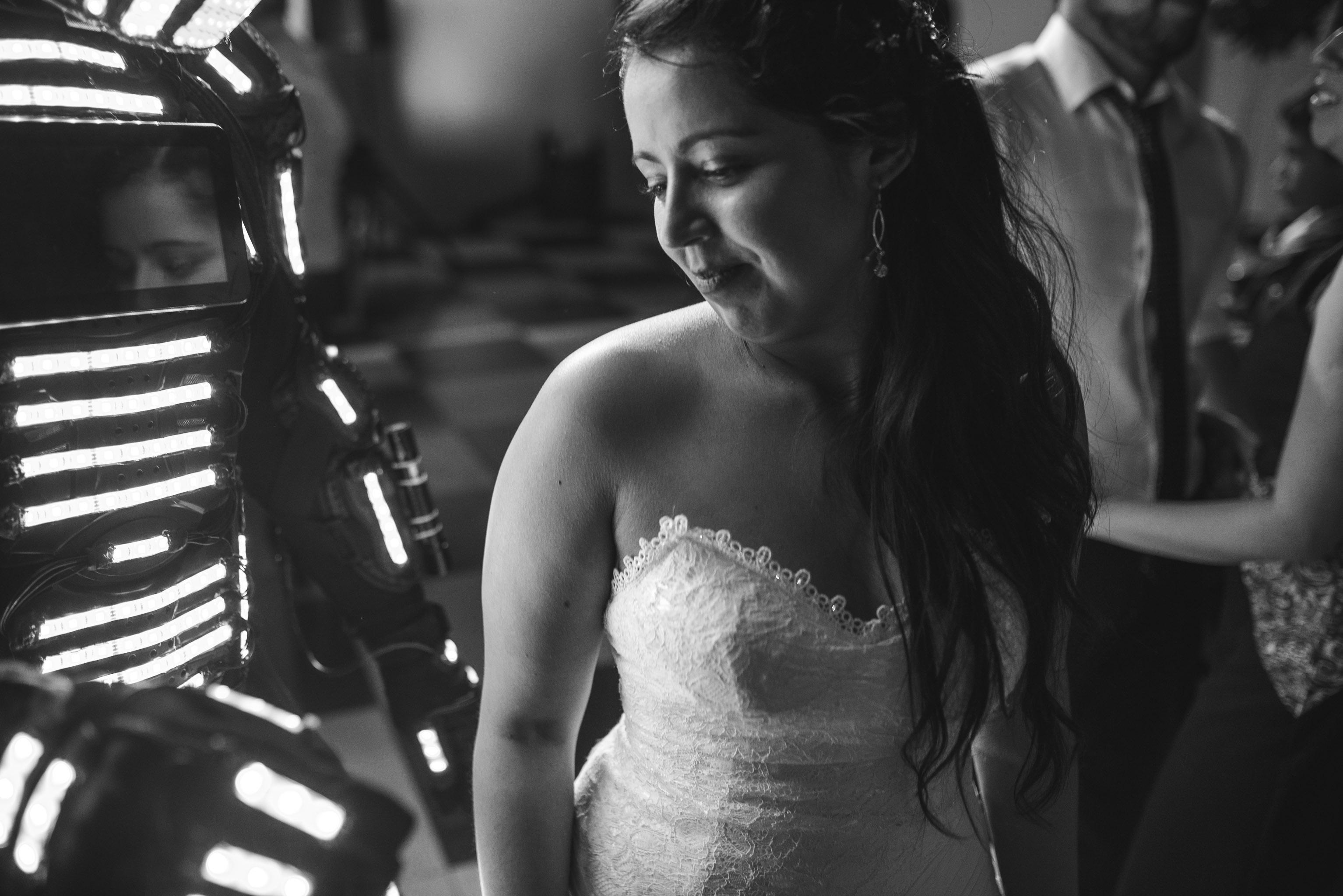 Matrimonio-centro de eventos-oliveto-santiago-fotógrafo de matrimonios-fiesta-robot led