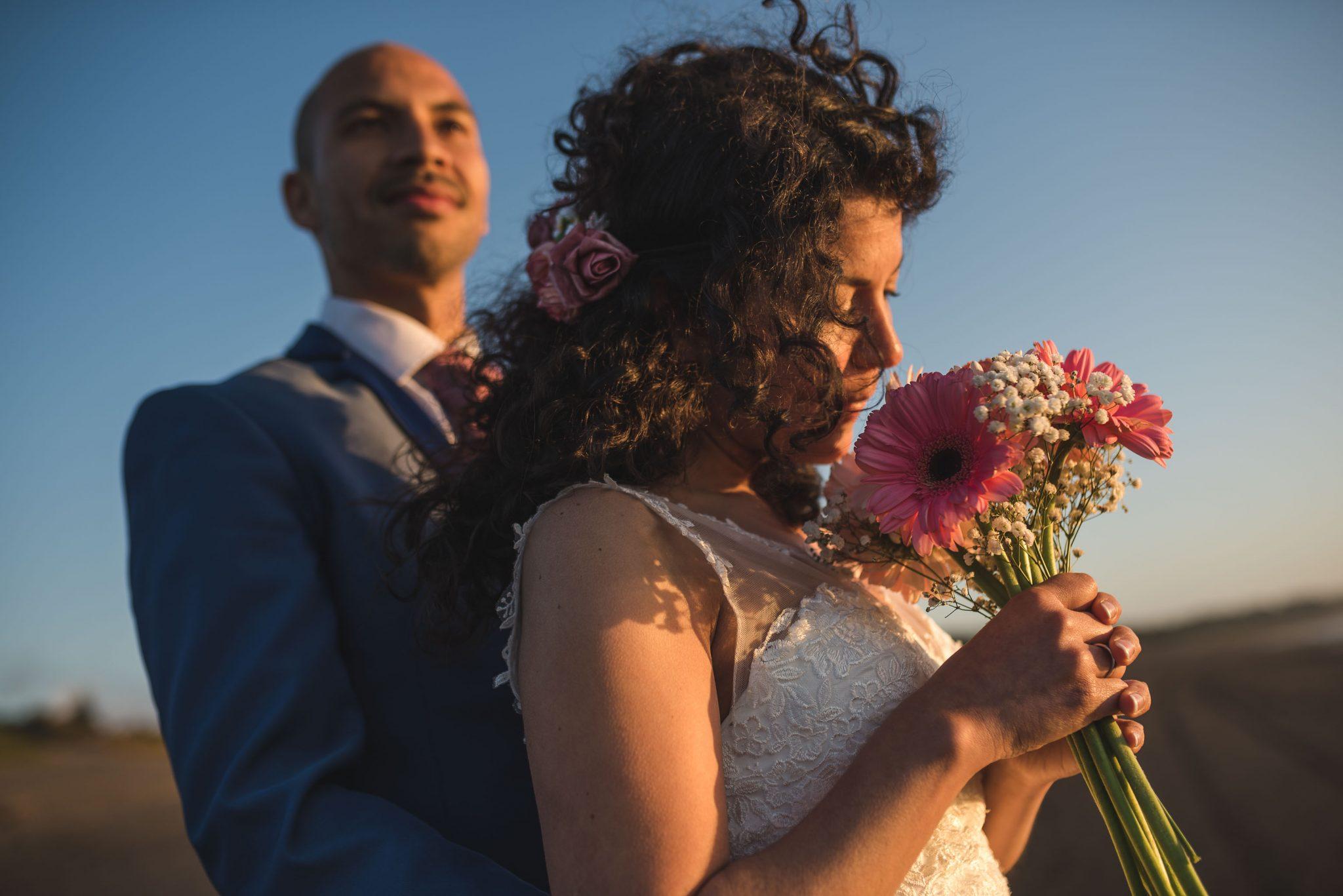 sesión-playa-trash the dress-pichilemu-fotografo-matrimonio-diego mena fotografia