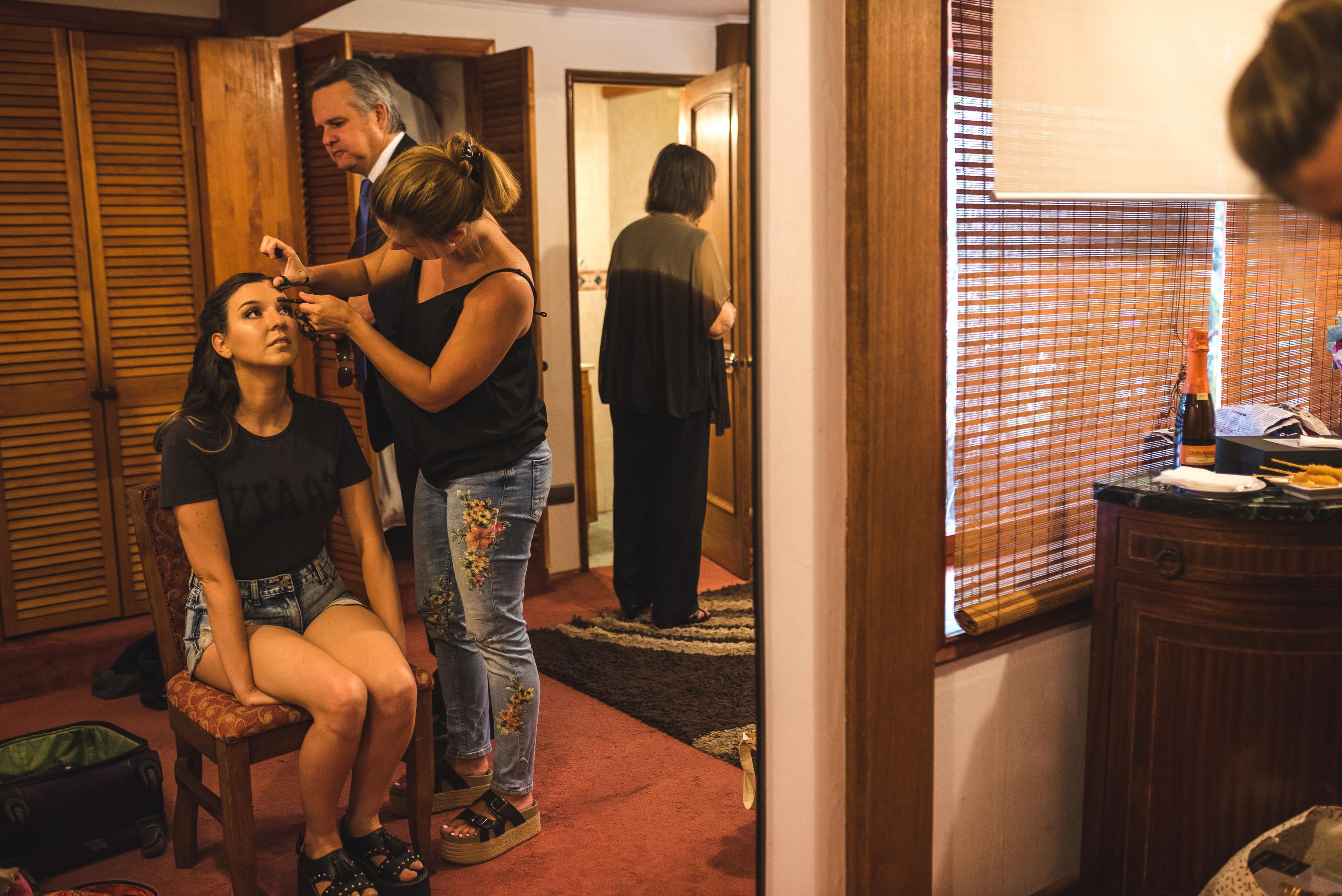 fotografo documental de matrimonios-fotografo de matrimonios santiago-preparativos novia