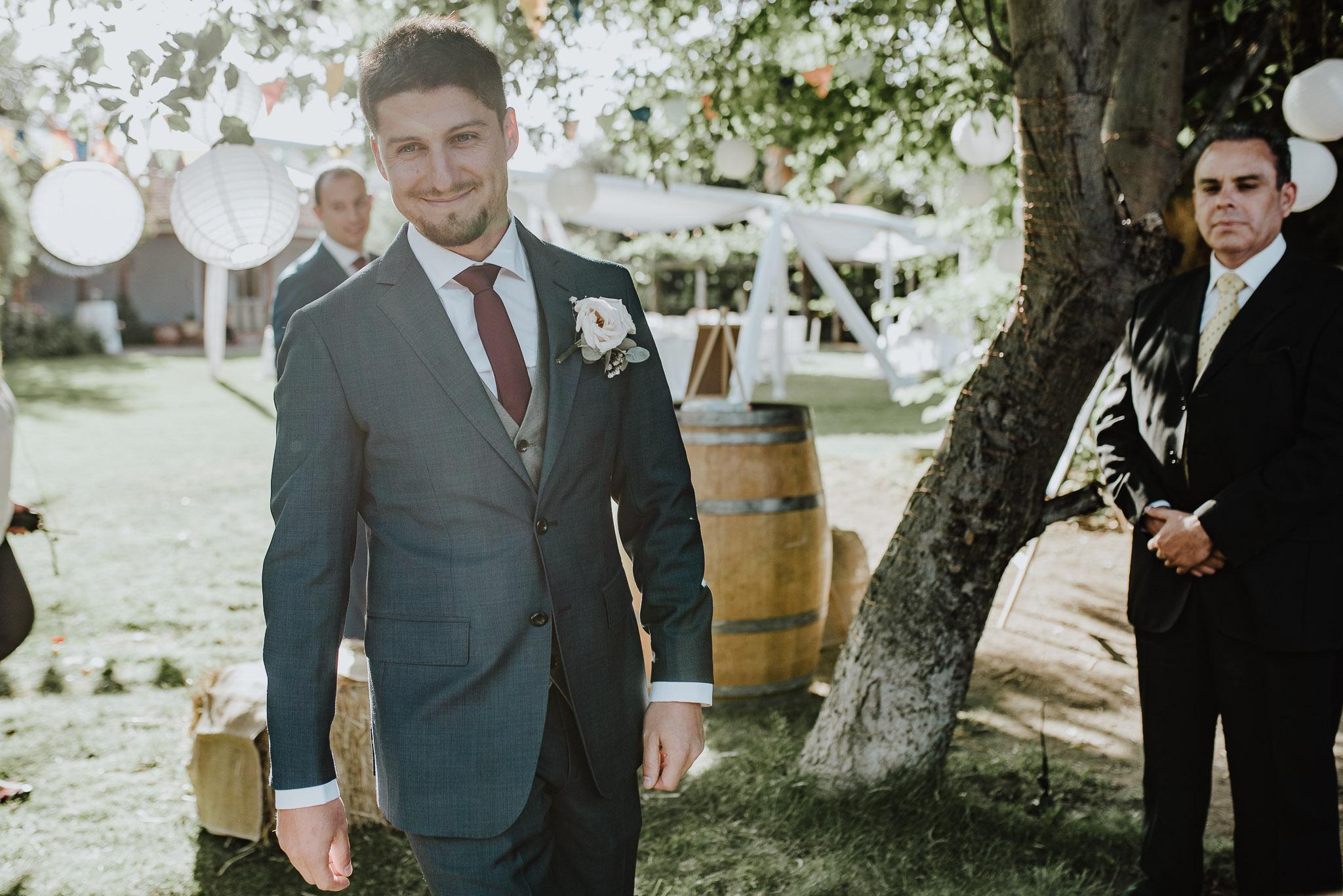 ceremonia-casa de campo fuller-traje de novio